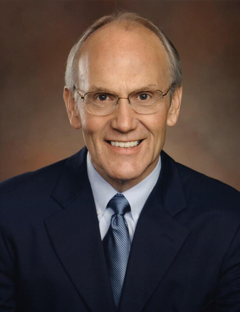Anti-Gay Senator Larry Craig Caught Being Gay